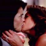 "Atrizes de ""Desperate Housewives"" protagonizam beijo lésbico"