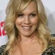 """A atriz Jennie Garth vai deixar definitivamente o elenco do seriado """"90210"""", segundo informações do Popcrunch. Garth dá vida à personagem Kelly Taylor, a mesma que interpretou por 10 temporadas […]"""