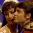 """A clássica série """"Contos de Fada"""" (""""Faerie Tale Theatre"""") volta a ser exibida pela TV Cultura. O programa, que marcou época no início dos anos 1990, retorna à grade […]"""