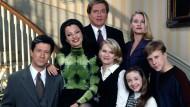 """Dois clássicos chegam ao TCM. O canal, especializado em conteúdo nostálgico, programou a estreia dos seriados """"The Nanny"""" e """"Married... With Children"""" para o mês de junho. """"The Nanny"""" narra […]"""