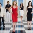 """Saudades das crueldades de Emily Thorne (Emily VanCamp)? Pois na chegada do verão, é hora dos endinheirados de """"Revenge"""" se mudarem para os Hamptons, balneário de luxo próximo a Nova […]"""