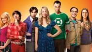 """Parece que a vida útil de Leonard, Sheldon, Penny, Howard, Raj, Bernadette e Amy vai durar um pouquinho mais. A CBS acaba de renovar a sitcom """"The Big Bang Theory"""" […]"""