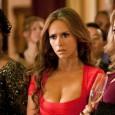 """Jennifer Love Hewitt já fez pole dance em """"Ghost Whisperer"""" (que era considerada uma série mais séria). Imagina se agora, em """"The Client List"""", cheia de sensualidade, ela não iria […]"""
