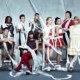 """É, os fãs de """"Glee"""" acabaram de adquirir um excelente motivo para comemorar: a série musical da FOX foi renovada para mais duas temporadas, garantindo assim um 5º e 6º […]"""