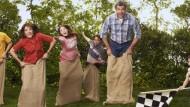 """Boas notícias antecipadas! A ABC acaba de anunciar a renovação da sitcom """"The Middle"""" para uma nona temporada, levando a atração à marca dos 200 episódios. A série narra a […]"""