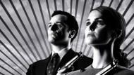 """Excelente notícia! O FX oficializou a renovação da série """"The Americans"""" para mais duas temporadas. Com isso, a atração chegará até a sexta temporada. Para o quinto ano, a emissora […]"""