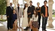 """Más notícias! É o fim da linha para """"Tyrant"""". O canal pago FX decidiu não renovar a atração para uma 4ª temporada. O programa narra a trajetória de uma modesta […]"""