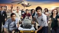 """Novidades! O canal americano NBC anunciou a renovação da série """"The Night Shift"""" para uma 4ª temporada. O programa narra os acontecimentos do turno da noite, aquele período da rotina […]"""