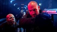 """Com apenas cinco dias de atraso em relação aos Estados Unidos, o canal pago FX estreia a 3ª temporada de """"The Strain"""". A série narra a trajetória do Dr. Ephraim […]"""