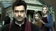 """O FX traz uma novidade para os assinantes. Ainda em setembro, a emissora estreia a 2ª temporada da série """"The Exorcist"""", protagonizada por Alfonso Herrera (""""Sense8"""") e Geena Davis (""""Grey's […]"""
