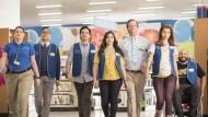 """A loja de conveniências Cloud 9 não vai fechar as portas tão cedo. A NBC anunciou a renovação de """"Superstore"""" para uma 3ª temporada de 22 episódios. Protagonizada por America […]"""